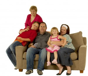 OC_family_volunteer_on_sofa (1)